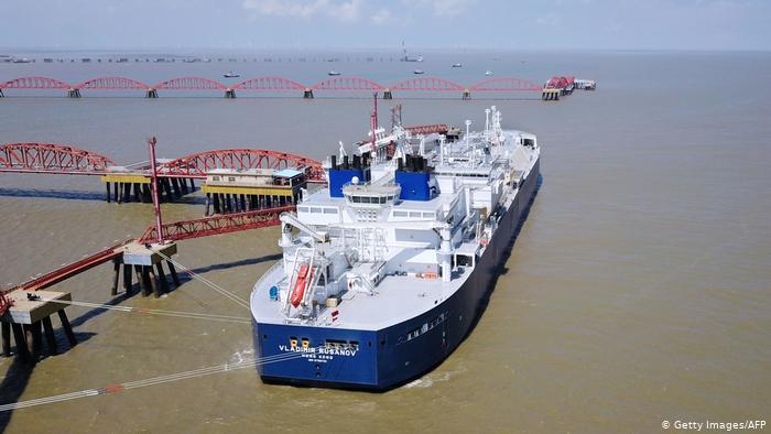 СПГ-танкер Владимир Русанов в Китае