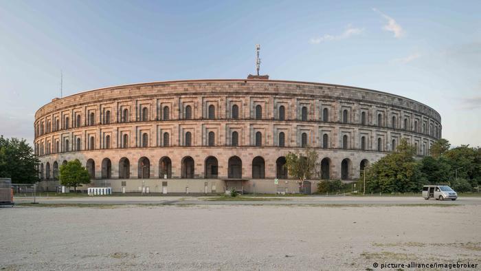 Недостроенный дворец съездов в Нюрнберге