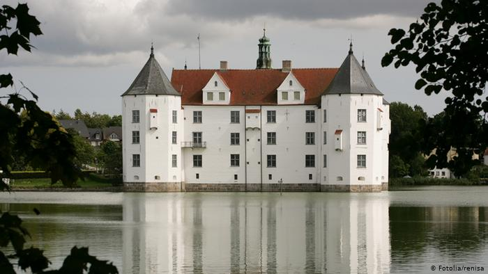 Замок Глюксбург (Wasserschloss Glücksburg)