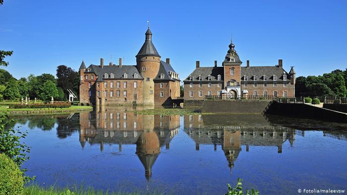 Замок Анхольт (Schloss Anholt)