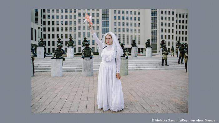 Снимок Виолетты Савчиц из фотоальбома Репортеров без границ