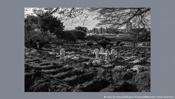 Из фотоальбома Репортеров без границ. Лало де Алмейда. Бразилия