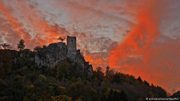 Развалины замка Найдек