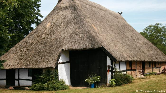 Музейное подворье в деревне Цирков (Zirkow) на острове Рюген (Rügen). Фото: DW / Максим Нелюбин