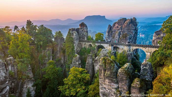 Эльбские Песчаниковые горы (Elbsandsteingebirge), Саксония