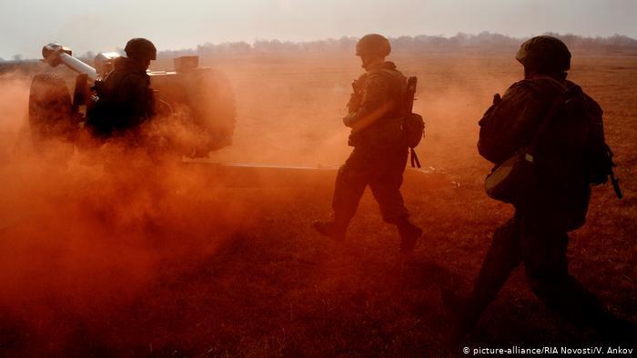 Russland Militärübung (picture-alliance/RIA Novosti/V. Ankov)