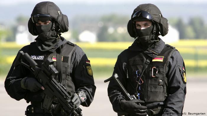 Учения немецкого полицейского спецназа GSG 9, Санкт-Августин