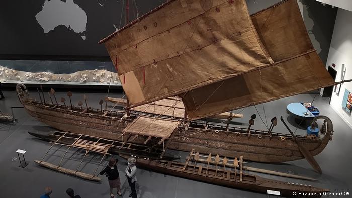 Лодка с острова Луф